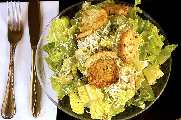 Caesar Salad - Image Credit: https://www.flickr.com/photos/pointnshoot/464819690